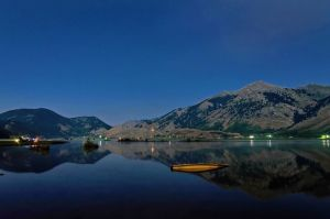 matese-lake-moonlight-HD